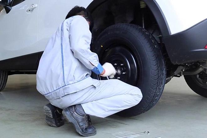 Lốp xe chính hãng là một trong những bộ phận quan trọng trên xe ô tô