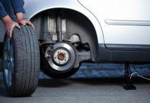 Hãy luôn kiểm tra lốp thường xuyên, thay khi gần đến hạn và đi với tốc độ vừa phải sẽ giúp bạn tránh khỏi các nguy cơ rủi ro.