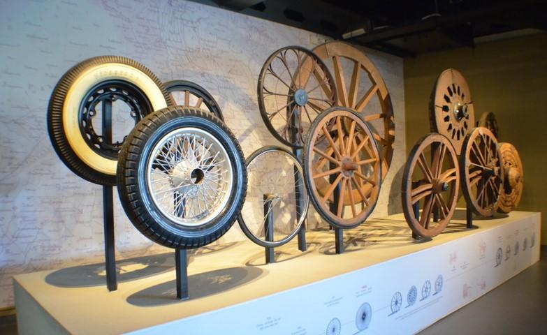 lịch sử lốp xe ô tô