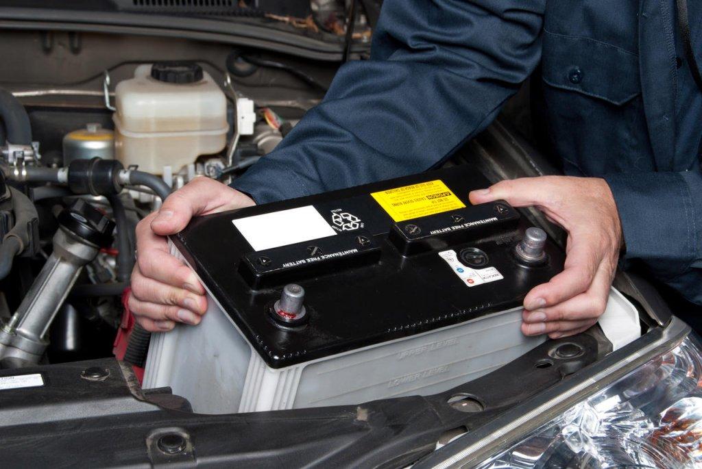 Bảo dưỡng ắc quy bằng cách luôn giữ ắc quy ở nhiệt độ thích hợp